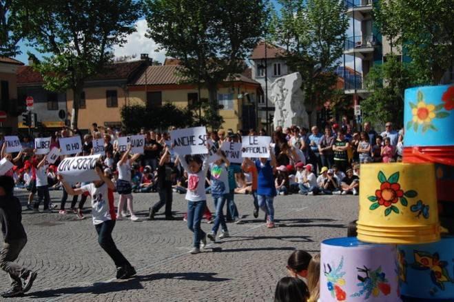 asilo_brandizzo_tuttinpiazza-2013_2